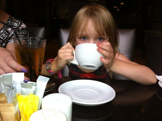 Courthouse Hotel: My daughter sampling the tea
