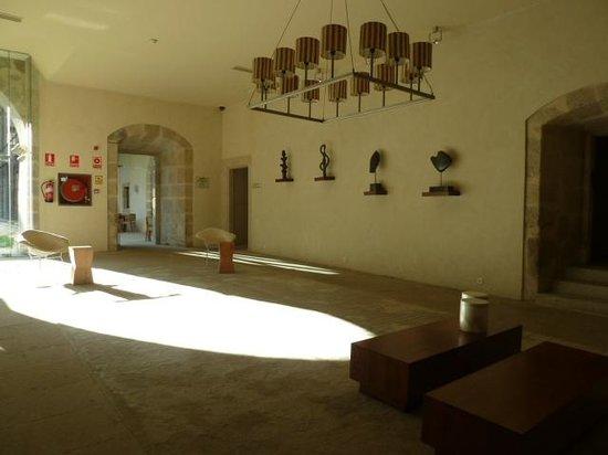 Parador de Santo Estevo: salones internos