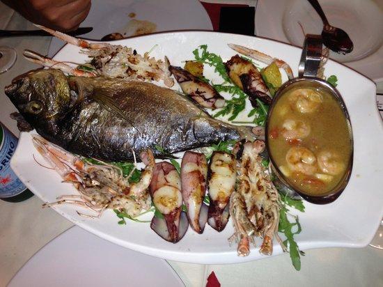 Trattoria Siena: Fischplatte
