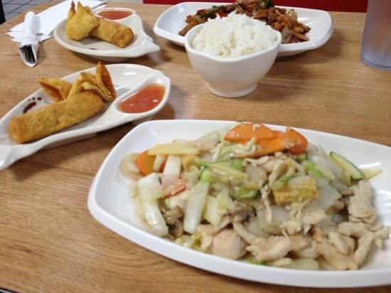 Chopstix: Moo Goo Gai Pan