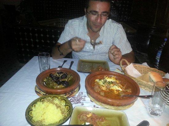 Riad Dar Najat : Fafa et la tajine