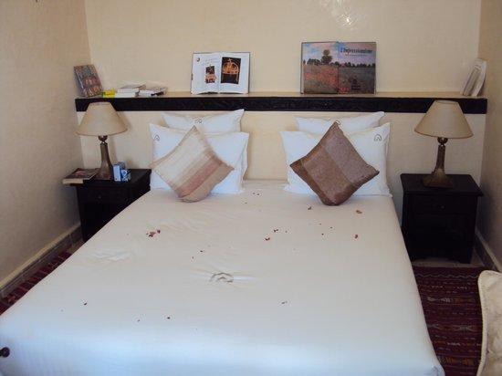 Essaouira Lodge : chambre avec super literie