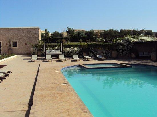 Essaouira Lodge: piscine et repos
