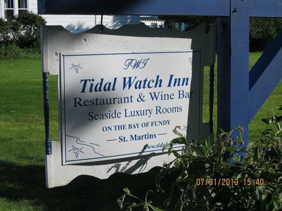 Tidal Watch Inn: Entry Sign