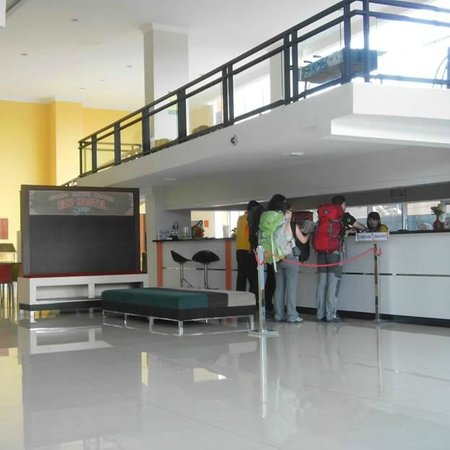 receptionist area - Picture of EDU Hostel Jogja ...