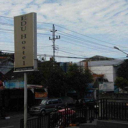 EDU Hostel Jogja: the signage board