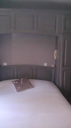Hotel Pontet : le lit