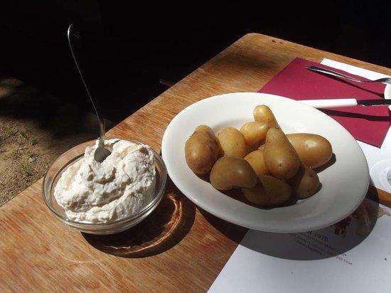 Lo Dzerby : Patate e ricotta piccante