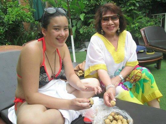 The Tawana Bangkok: Just Relaxing by the Pool