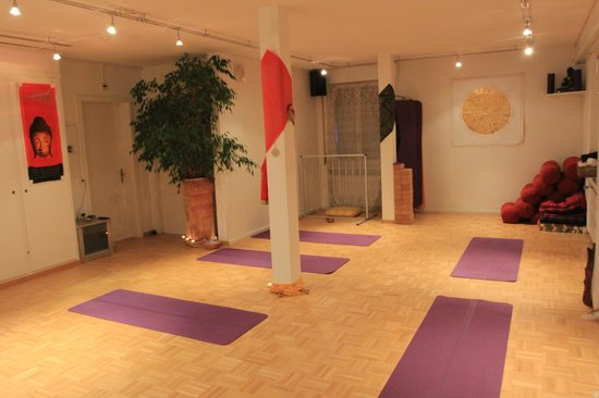Hotel Dufour : Yogaraum/ Yoga Room