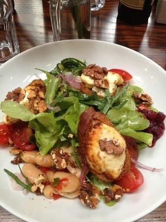 Farmgate Restaurant: goat Cheese salad