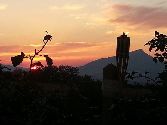 Casale Borgia Resort : tramonto al resort
