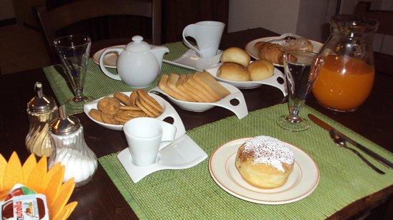 Bed & Breakfast Casa Lopez : colazione