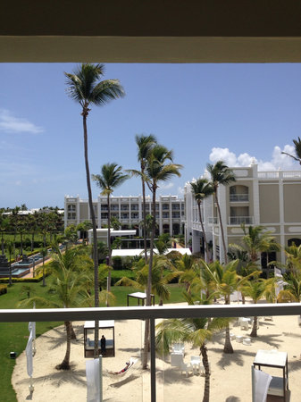 Hotel Riu Palace Bavaro: View from 2nd floor garden view