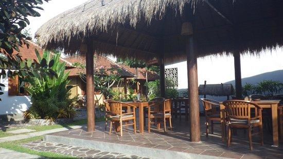 Si Pitung Village : Espace petit-déjeuner