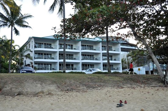 Beachfront Apartments on Trinity Beach: From the beach