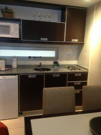 Ayres de Recoleta Hotel: Room's kitchenette
