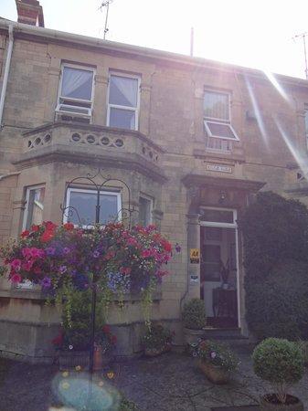 Milton House: outside