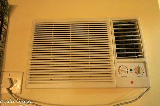 Olifants Rest Camp : Le climatiseur/chauffage HS