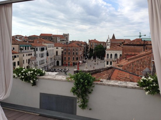 B&B Bloom Venice: Campo Santo Stefano from roof terrace