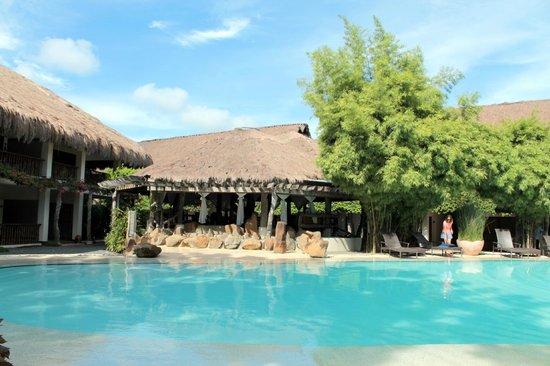 Bluewater Maribago Beach Resort Pool At Amuma Wing