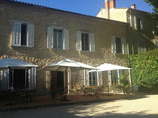 Villa Aurenjo : Back