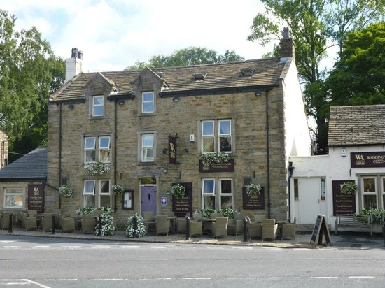 Waddington Arms: Outside