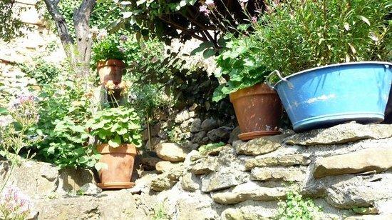 Le Presbytere : Le jardin, un endroit magnifique