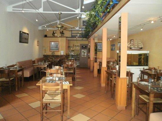 Creperie l'Odyssee: interieur sympa et galettes  maison au rendez vous
