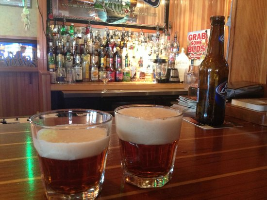 Graffam Bros Harborside Restaurant: local beer tasting
