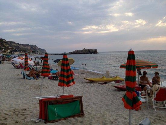 Hotel Umberto: spiaggia convenzionata