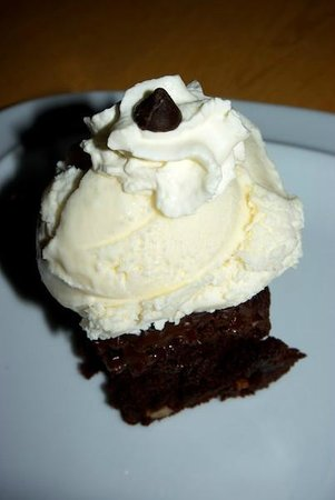 Trailhead Resort : Chocolate brownie ice cream
