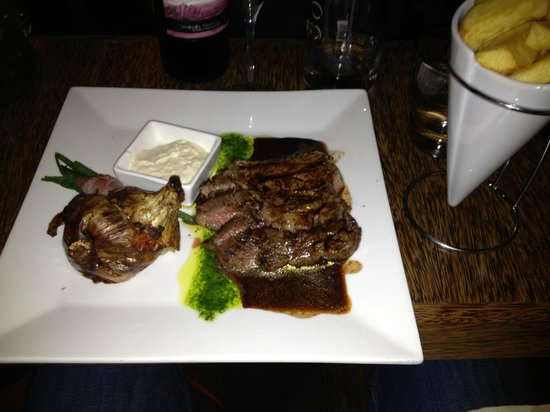 Zaza's: Rib Eye Steak and Parmesan Onion