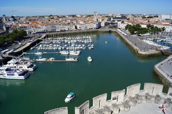 Tours de La Rochelle : Vue sur le port de la Tour St Nicolas