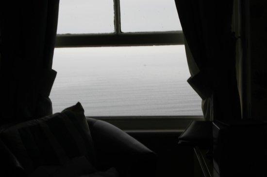 Leeway Hotel: window, top floor, sea view (cloudy misty morning)