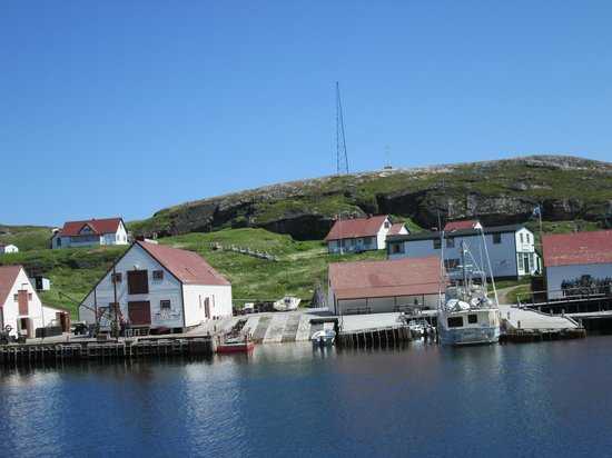 Battle Harbour Heritage Properties : Battle Harbour at the ferry dock