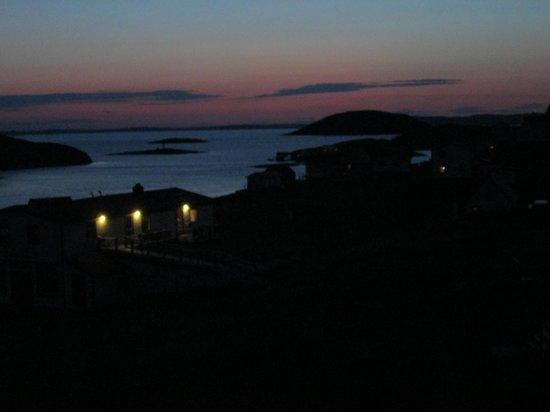 Battle Harbour Heritage Properties: Twilight sky - view from Room 5 window