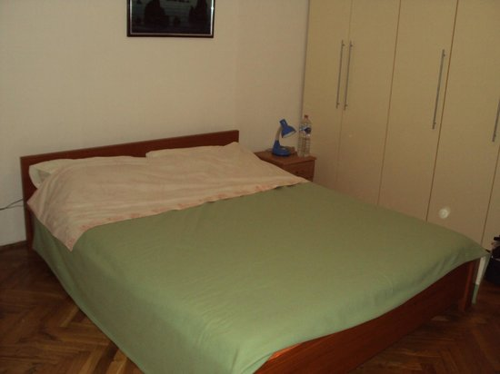 Dolac Guesthouse : Letto