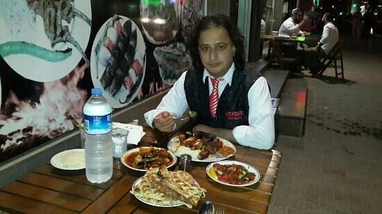 Lezzet Sofrasi: Açık havada yemek muhteşem