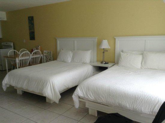 بريمير هوتل: habitacion super amplia y confortable