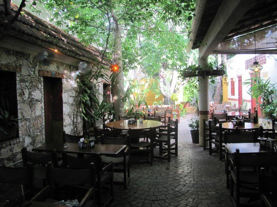 Guido's courtyard
