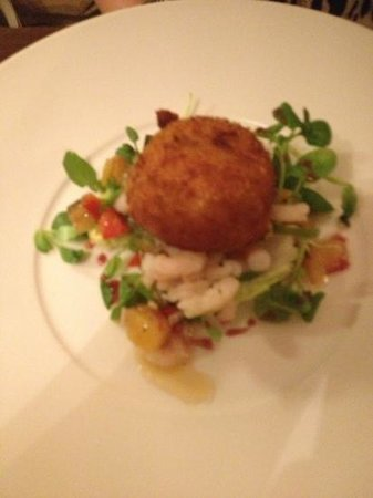 The Crown Country Inn: fish cake starter