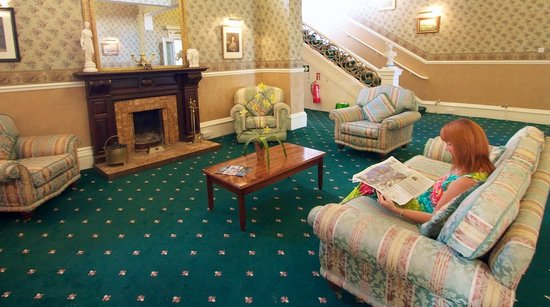 Marquis Hotel: Drawing Room