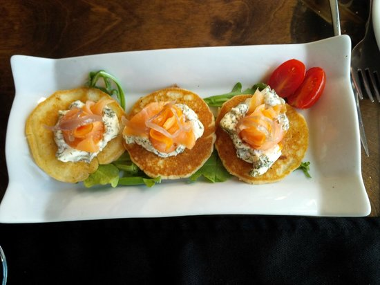 The Galley Restaurant & Lounge: Mini-pancakes with smoked salmon