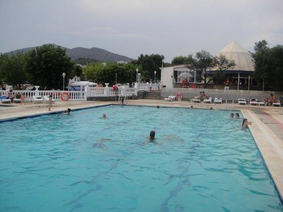 Hotel Review g d Reviews Camping Cadaques Costa Brava Province of Girona Catalonia