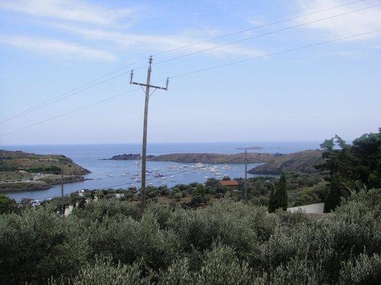 Camping Cadaques : vista desde la piscina