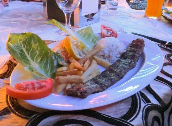 Alremu Bar & Restaurant: small portion for main course