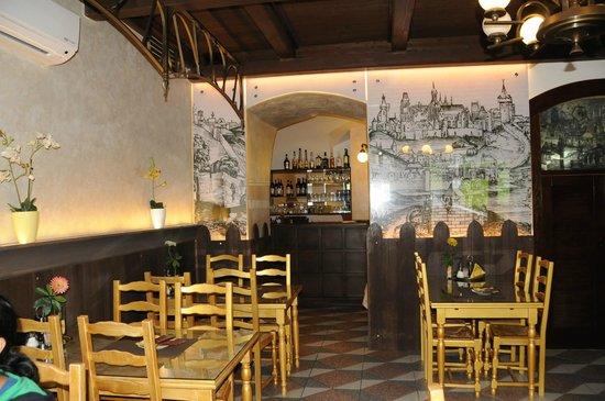 Hotel U Krize: Wayside restaurent