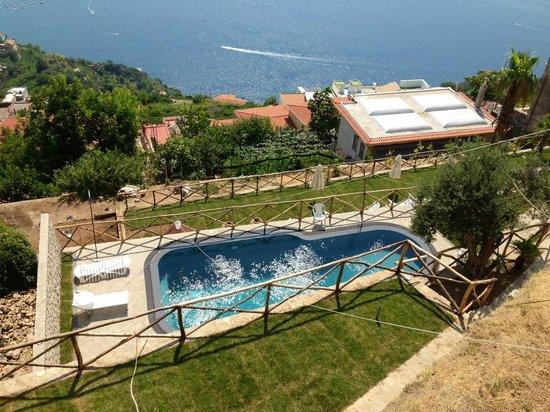 Hotel Ristorante Garden: la nuova piscina del Garden