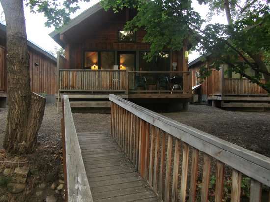 River's Edge Resort: Our Cozy Cabin